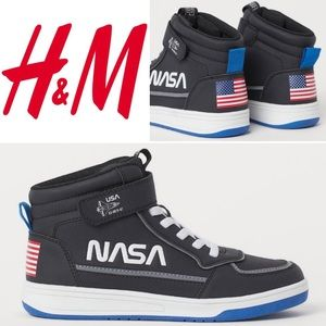 H&M NASA High Top Sneaker
